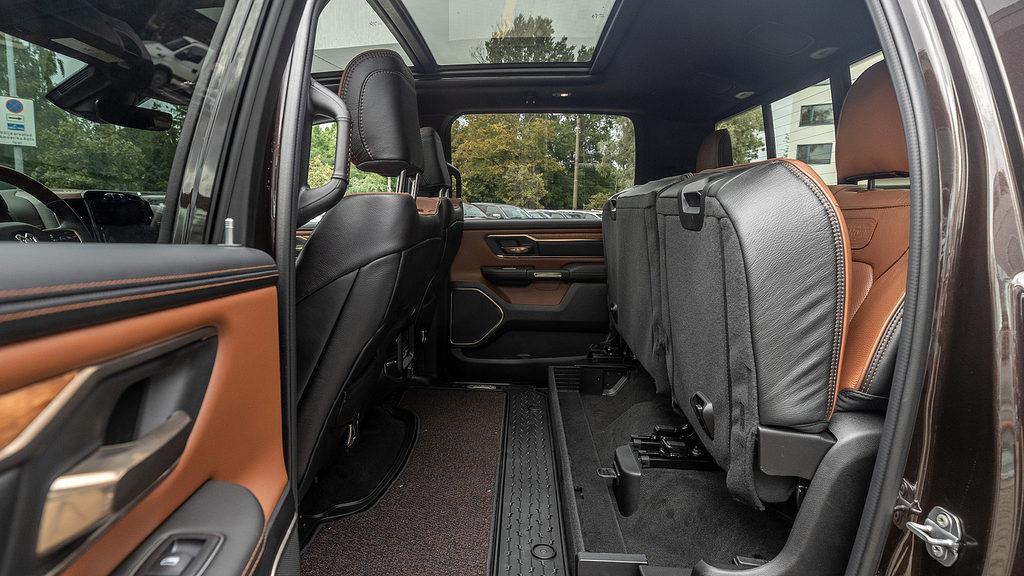 2019 LONGHORN CREW CAB
